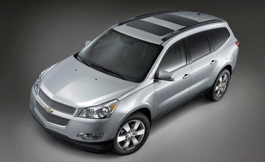 Chevrolet Orlando concept door panel - Slide 46