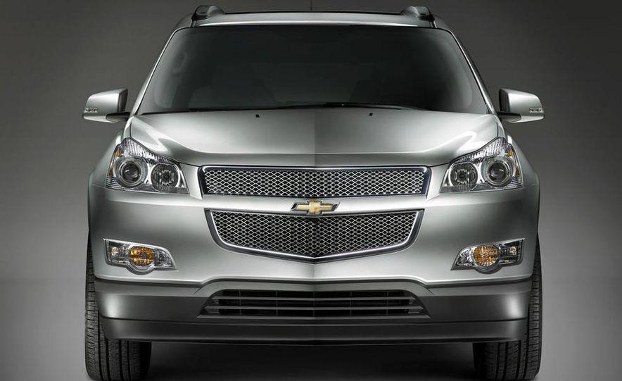 Chevrolet Orlando concept door panel - Slide 47