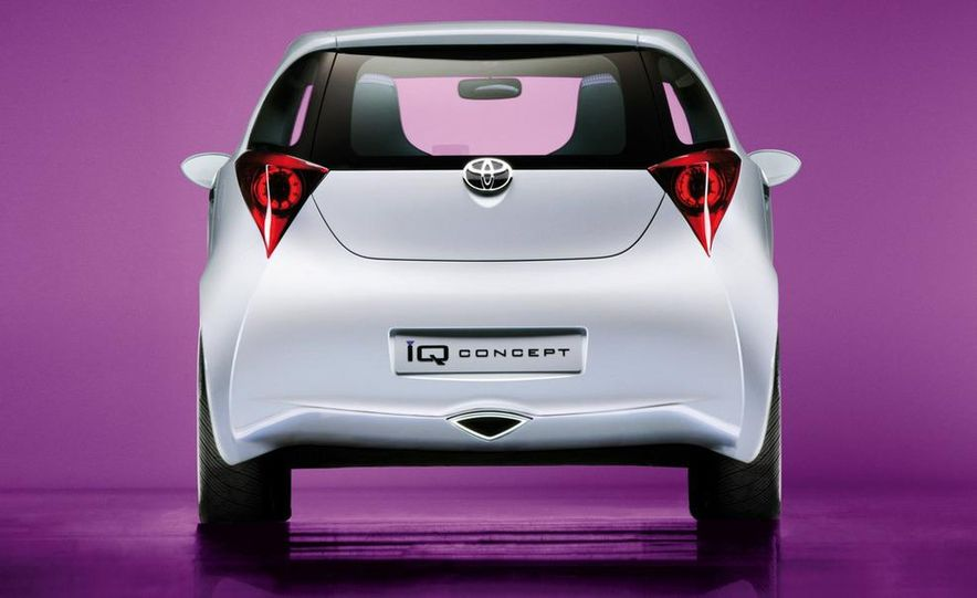 2009 Toyota iQ (Not sold in the U.S.) - Slide 16