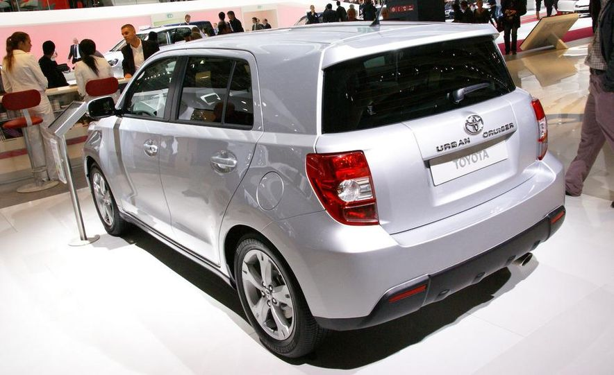 2009 Toyota Urban Cruiser (Not sold in the U.S.) - Slide 3