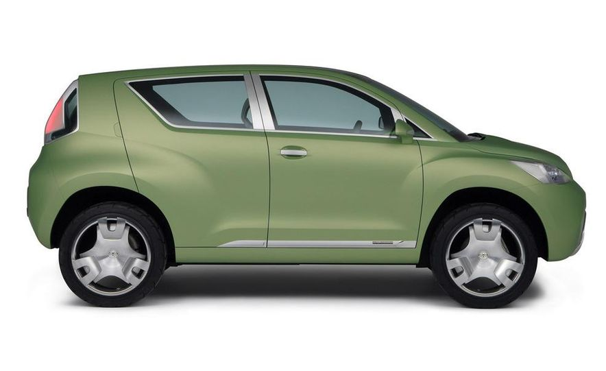 2009 Toyota Urban Cruiser (Not sold in the U.S.) - Slide 24