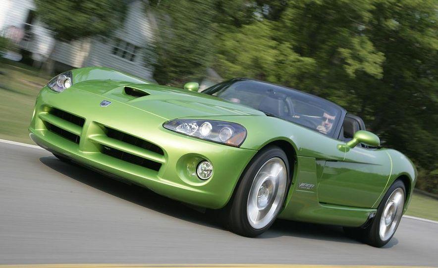 2008 Dodge Viper SRT10 coupe - Slide 10