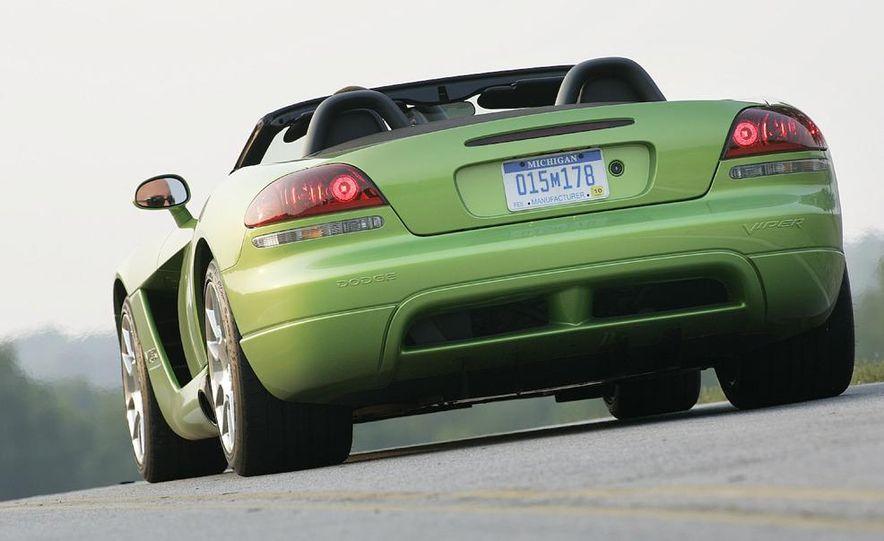 2008 Dodge Viper SRT10 coupe - Slide 11