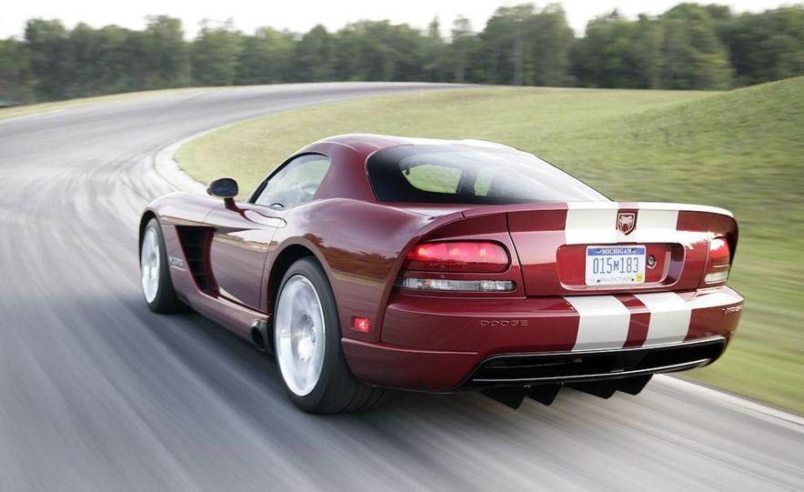 2008 Dodge Viper SRT10 coupe - Slide 3