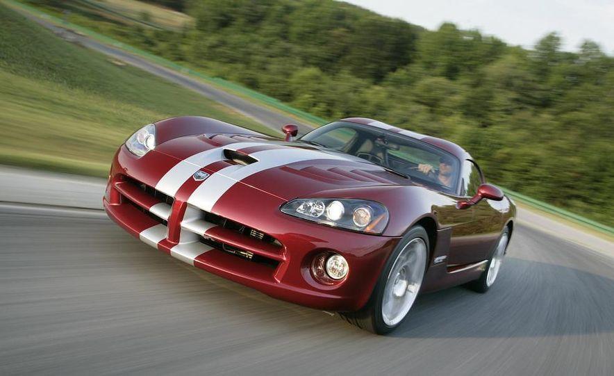 2008 Dodge Viper SRT10 coupe - Slide 5