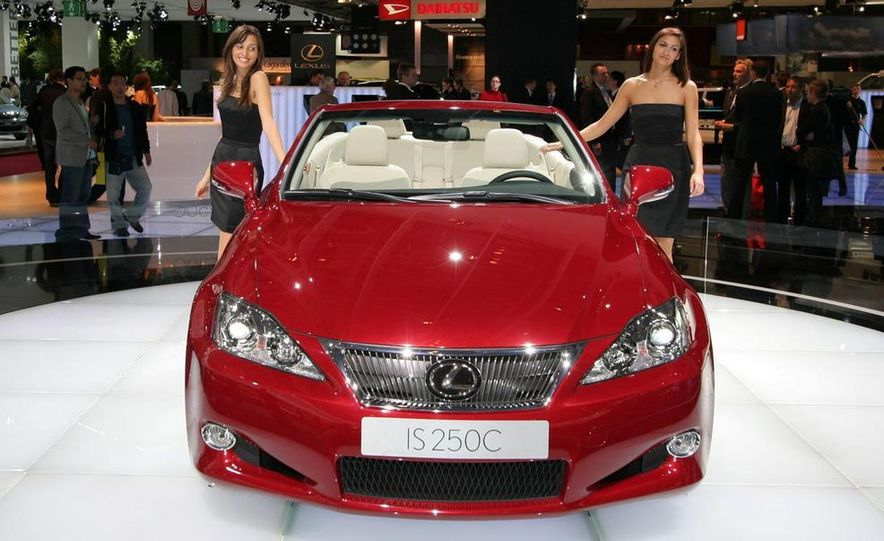 2009 Lexus IS250 C convertible - Slide 9