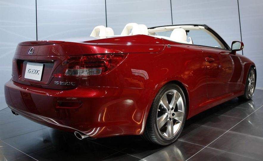 2009 Lexus IS250 C convertible - Slide 7