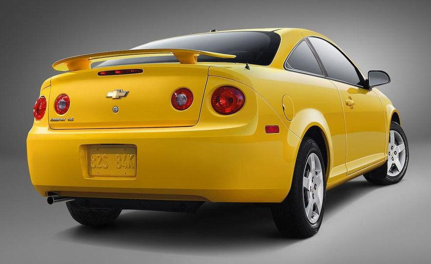 2009 Chevrolet Cobalt LS XFE coupe - Slide 1