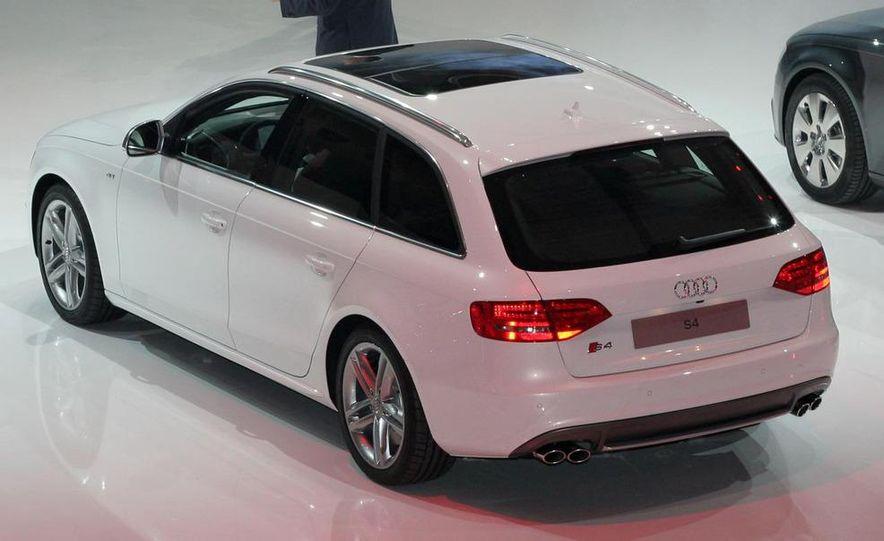 2010 Audi S4 Avant - Slide 1