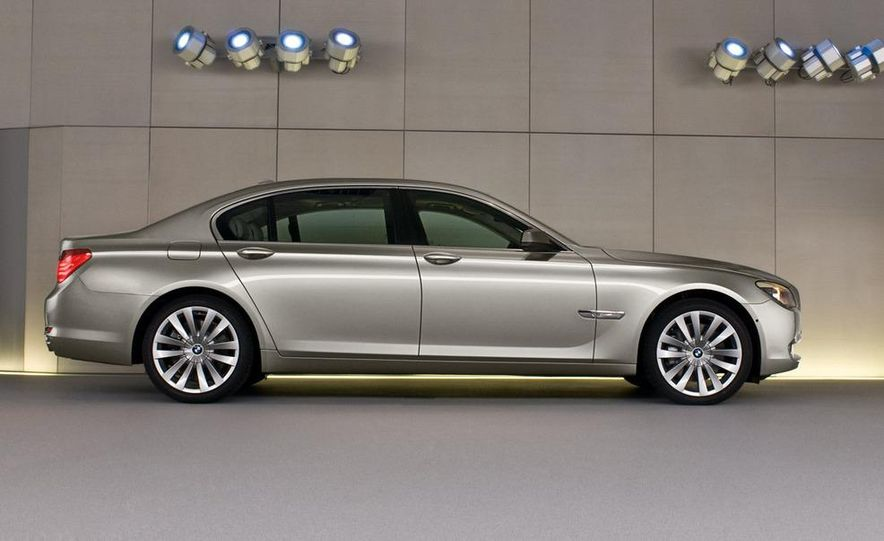 BMW Concept 7-series ActiveHybrid - Slide 34
