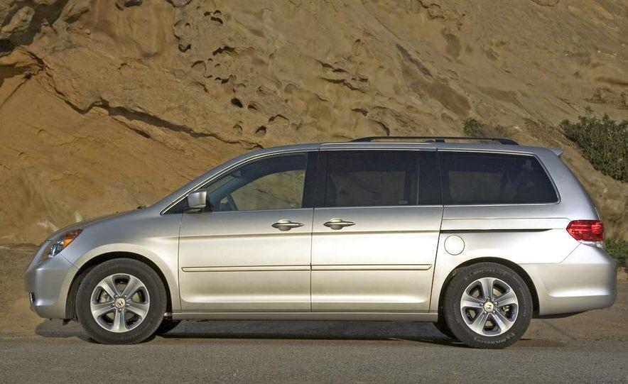 2009 Honda Odyssey - Slide 11
