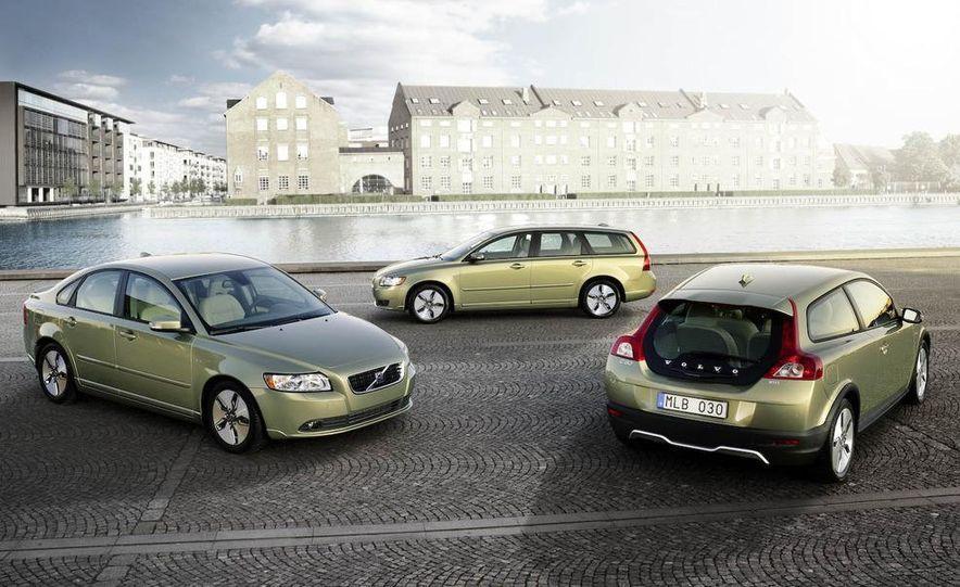 2009 Volvo S40, V50, and C30 DRIVe models - Slide 1
