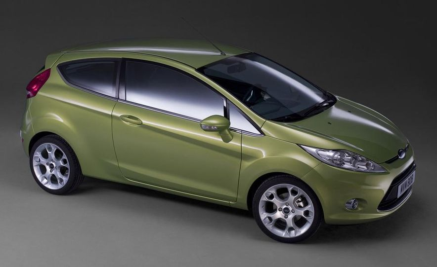 2010 Ford Fiesta 3-door (European spec) - Slide 17