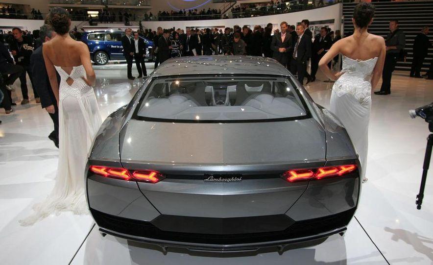 Lamborghini Estoque concept - Slide 13