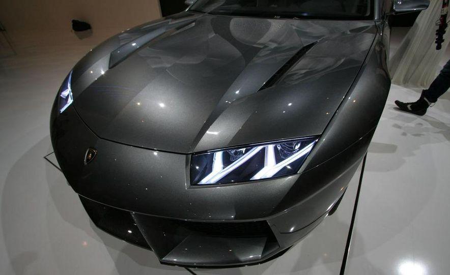 Lamborghini Estoque concept - Slide 15