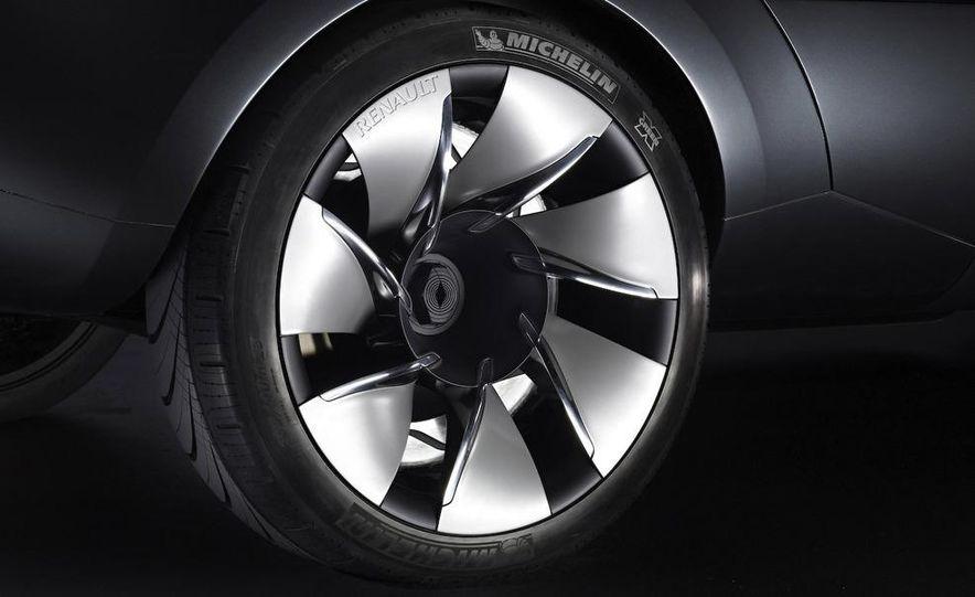 Renault Ondelios concept - Slide 17