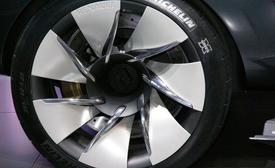 Renault Ondelios concept - Slide 11