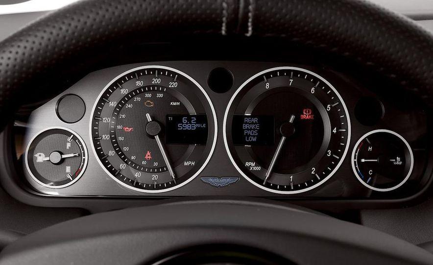 2009 Mercedes-Benz SL63 interior - Slide 62