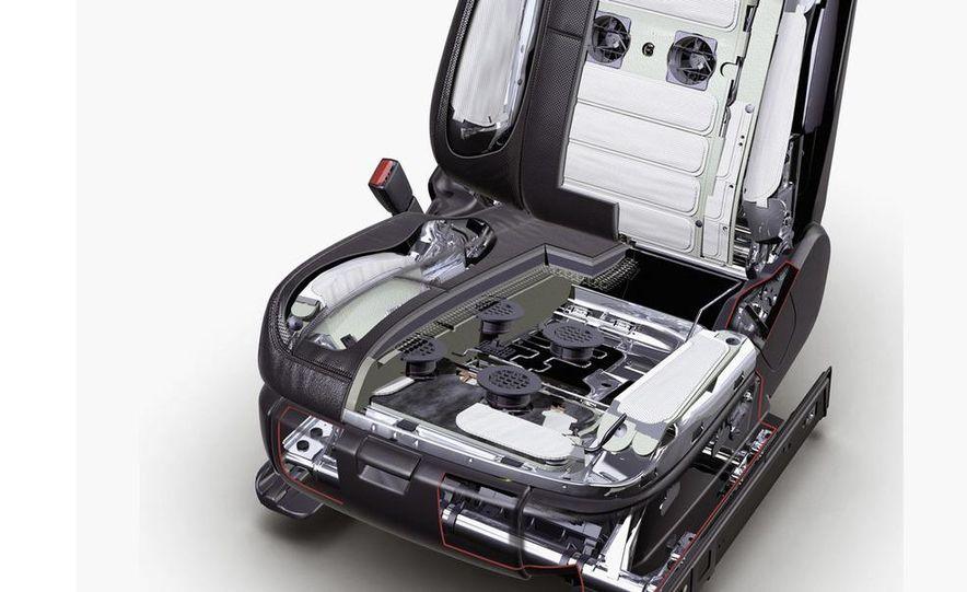 2009 Mercedes-Benz SL63 interior - Slide 4