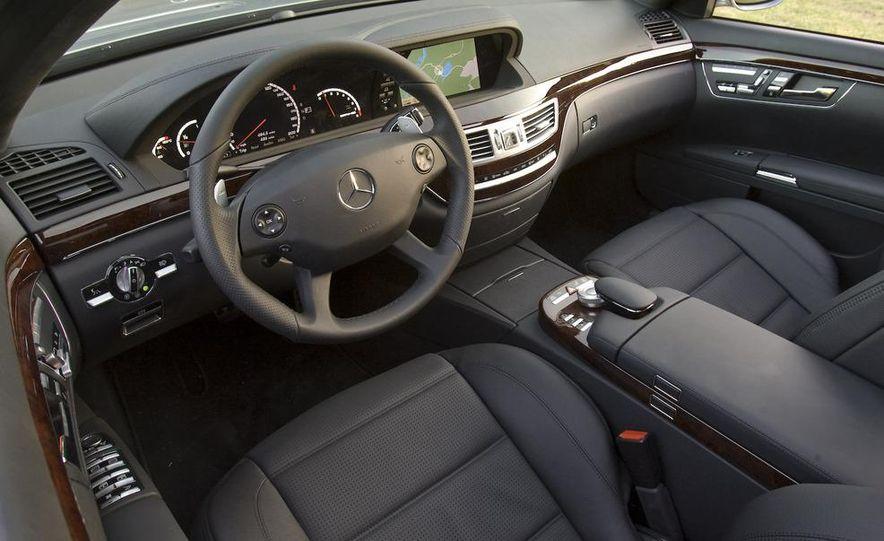 2009 Mercedes-Benz SL63 interior - Slide 35
