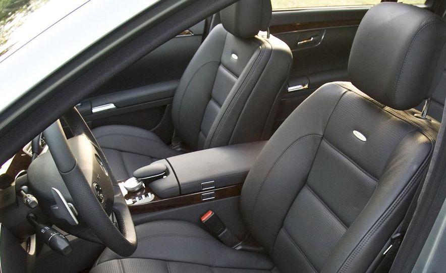 2009 Mercedes-Benz SL63 interior - Slide 36