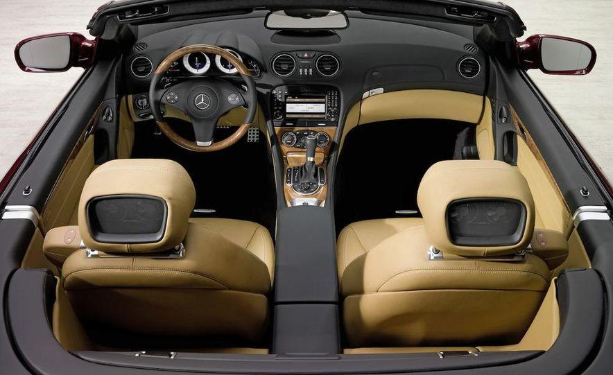 2009 Mercedes-Benz SL63 interior - Slide 12