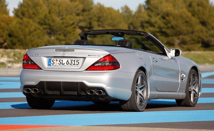 2009 Mercedes-Benz SL63 interior - Slide 25