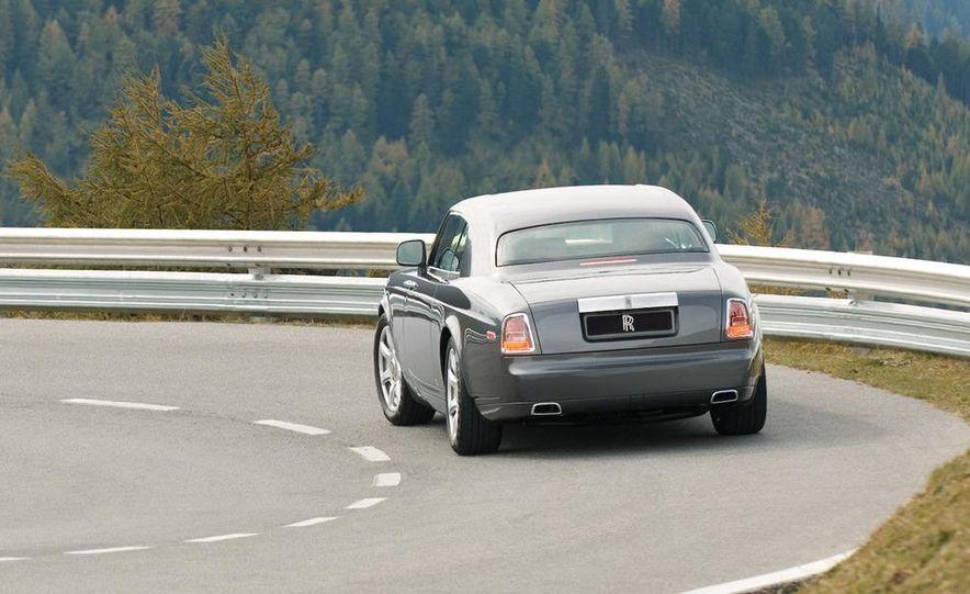 2009 Mercedes-Benz SL63 interior - Slide 16