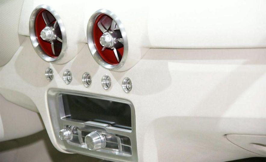 Audi A1 Sportback concept - Slide 21