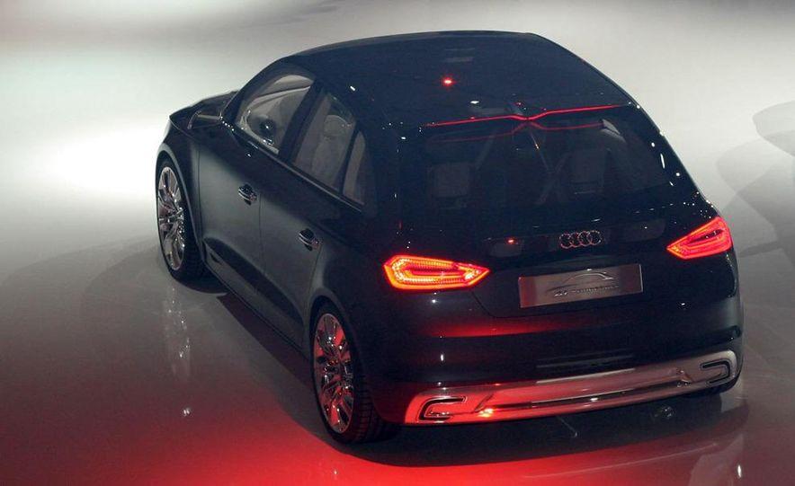 Audi A1 Sportback concept - Slide 24