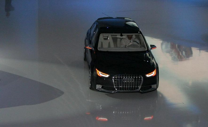Audi A1 Sportback concept - Slide 26