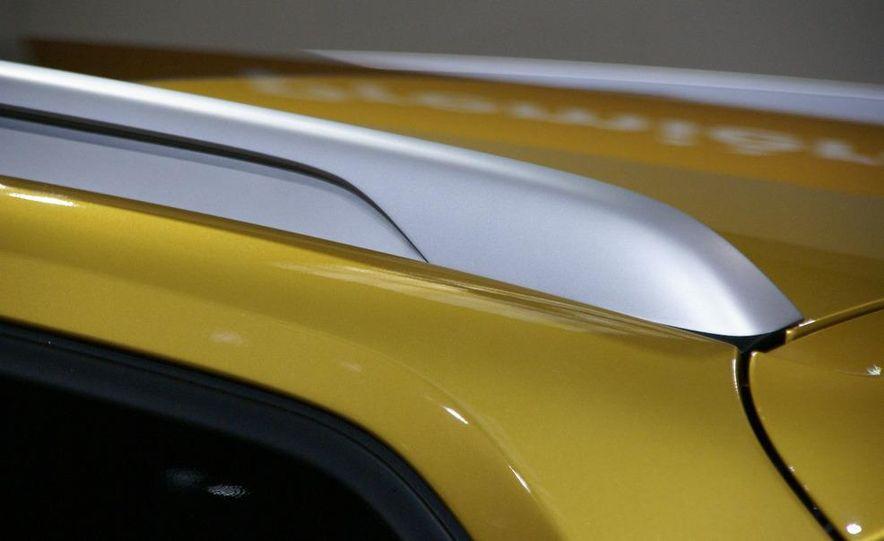 BMW Concept X1 - Slide 9