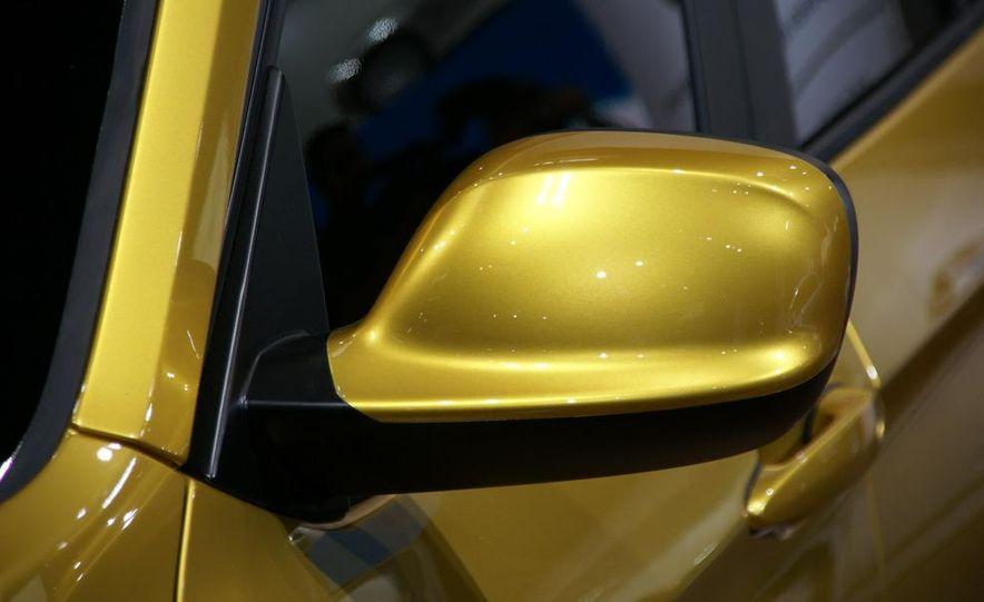 BMW Concept X1 - Slide 5