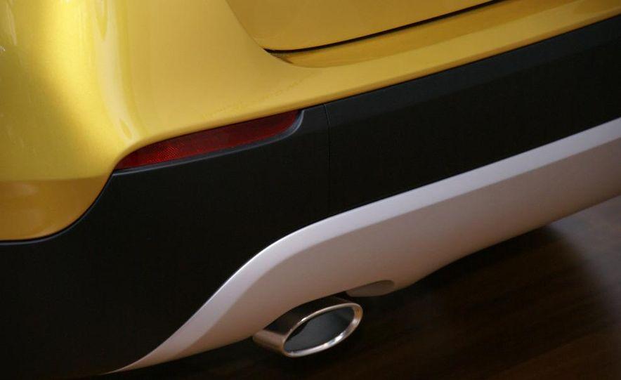 BMW Concept X1 - Slide 6