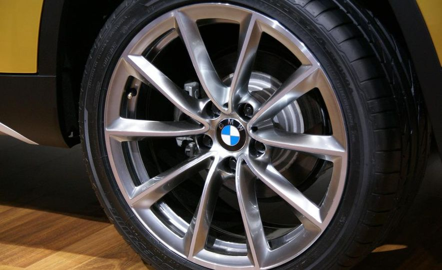 BMW Concept X1 - Slide 7