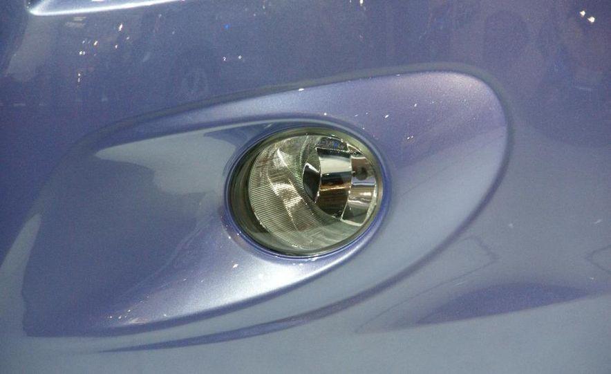Hyundai i20 blue concept - Slide 7