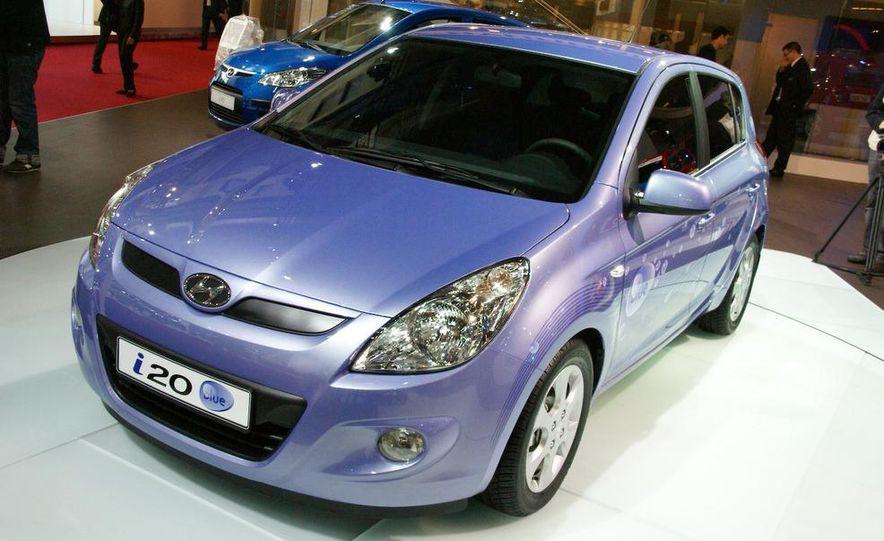 Hyundai i20 blue concept - Slide 2