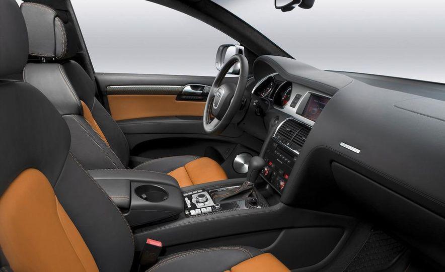 2009 Audi Q7 V12 TDI diesel - Slide 21