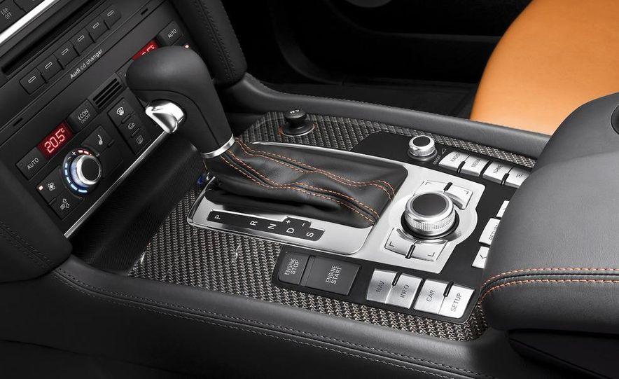 2009 Audi Q7 V12 TDI diesel - Slide 24