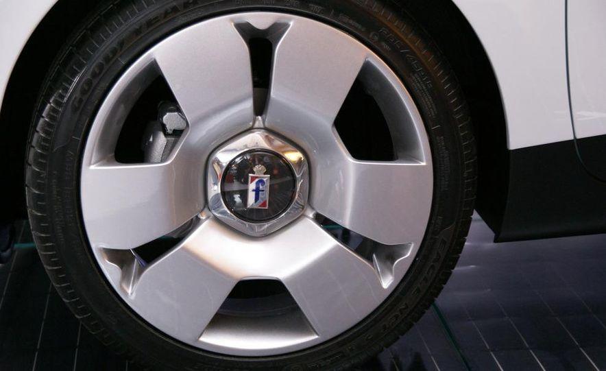 2010 Pininfarina B0 electric car - Slide 6