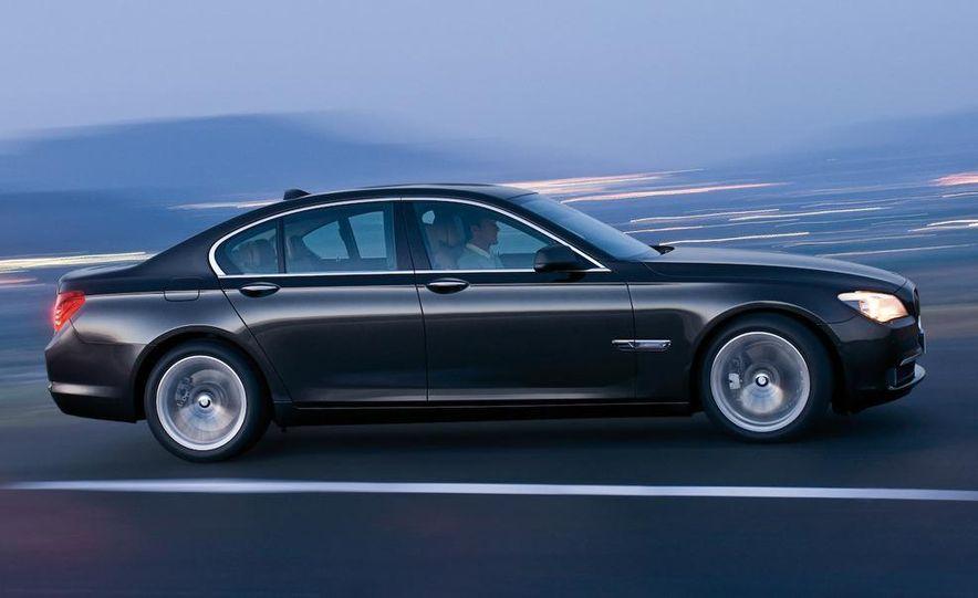2009 BMW 7-series - Slide 7