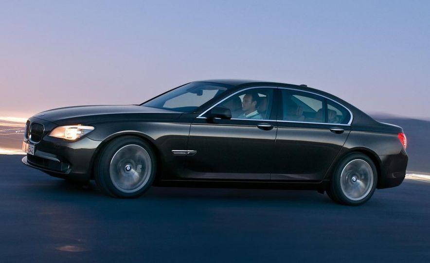 2009 BMW 7-series - Slide 8