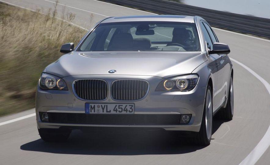 2009 BMW 7-series - Slide 11