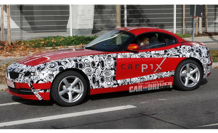 2010 BMW Z4 - Slide 2