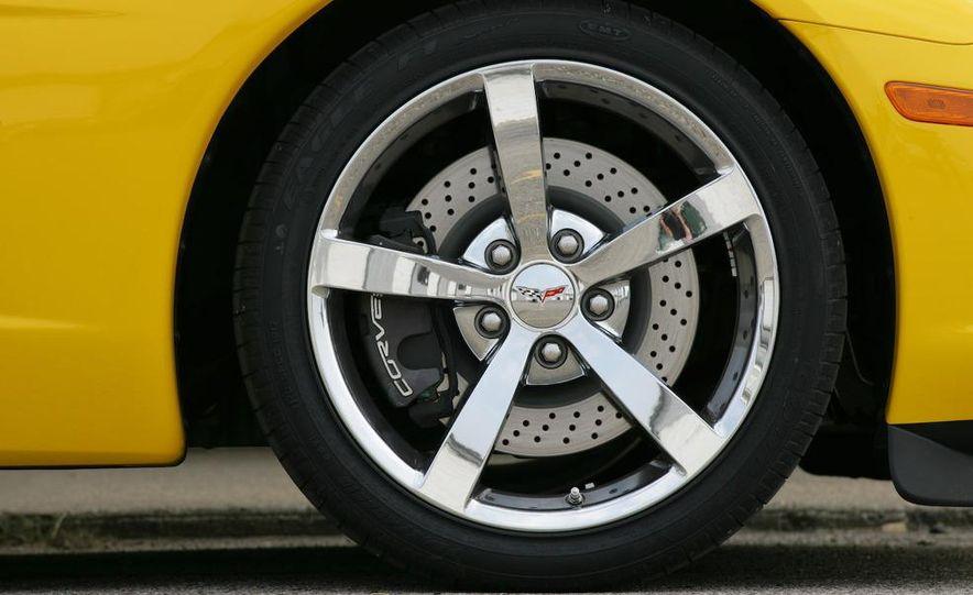 2009 Chevrolet Corvette Z06, ZR1, and Z51 - Slide 33