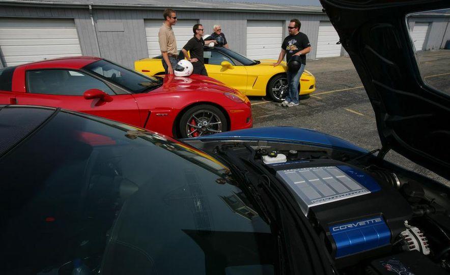 2009 Chevrolet Corvette Z06, ZR1, and Z51 - Slide 2
