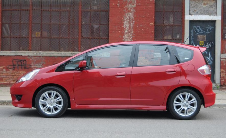 2010 Honda Fit Sport - Slide 21