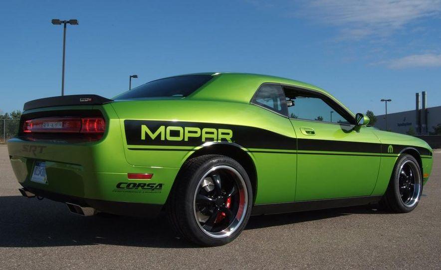 Hurst Dodge Challenger - Slide 12