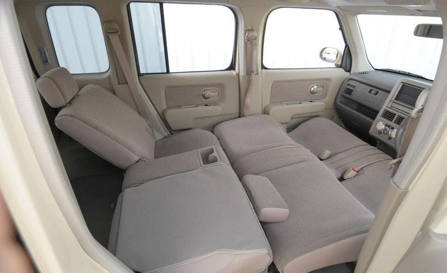 2010 Nissan EV - Slide 30