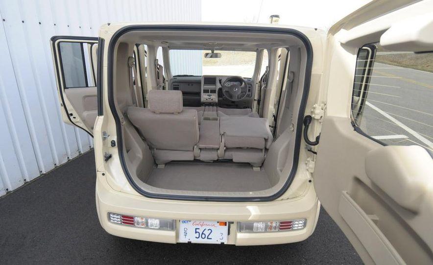 2010 Nissan EV - Slide 32